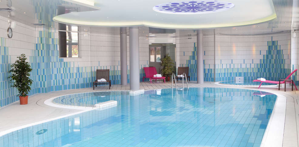 Piscine waltz colmar schwimmbad und saunen for Accessoire piscine colmar